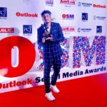 Vivian Fernandes (Divine) With Musician Of The Year Award By Outlook India