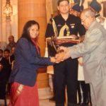 Arunima Sinha Getting Tenzing Norgay Award By Pranab Mukherji