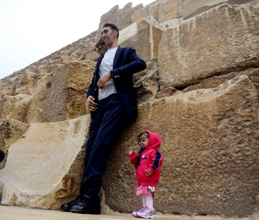 Jyoti Amge With The World's Tallest Man