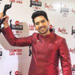 Armaan Malik Holding His Filmfare Award