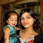 Jyoti Amge With Her Sister Vaishali Amge