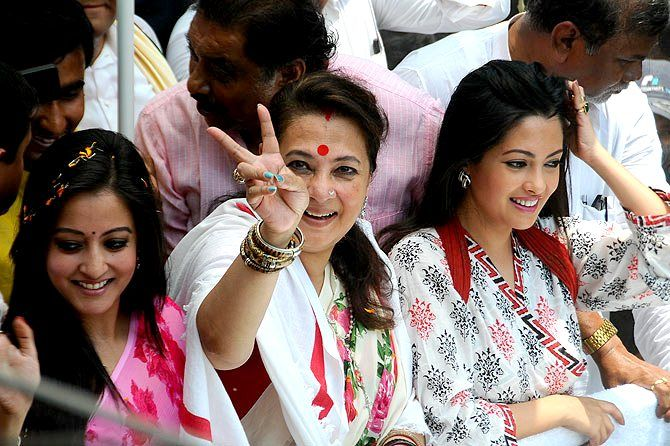 Moon Moon Sen After Winning The 2014 Election