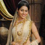 Aparna Dixit as Ambika