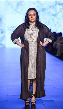 Avantika Malik walking the ramp at the lakme Fashion Week 2017