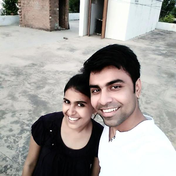 Jitendra Kumar With His Sister