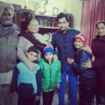Sharry Mann with his parents, sister, and nephews