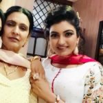 Anmol Gagan Maan with her mother