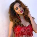 Heena Panchal Height, Age, Boyfriend, Husband, Family, Biography & More