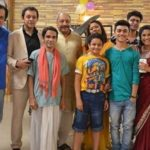 Nikki Sharma (extreme right) with the cast of Kabhi Aisa Geet Gaya karo