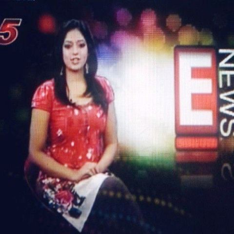 Reshma Pasupuleti with E-News