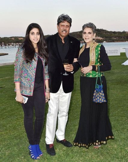 Romi Bhatia with Her Husband and Daughter