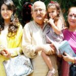 Raveena Tandon with her parents