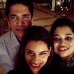 Sanjana Ganesan With Her Parents Ganesan Ramaswamy & Sushma Ganesan