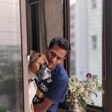 Parikshit Bawa loves dogs
