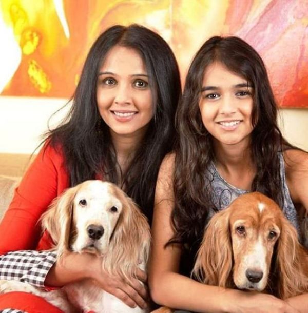 Suchitra Krishnamoorthi With Her Daughter and Pet Dogs