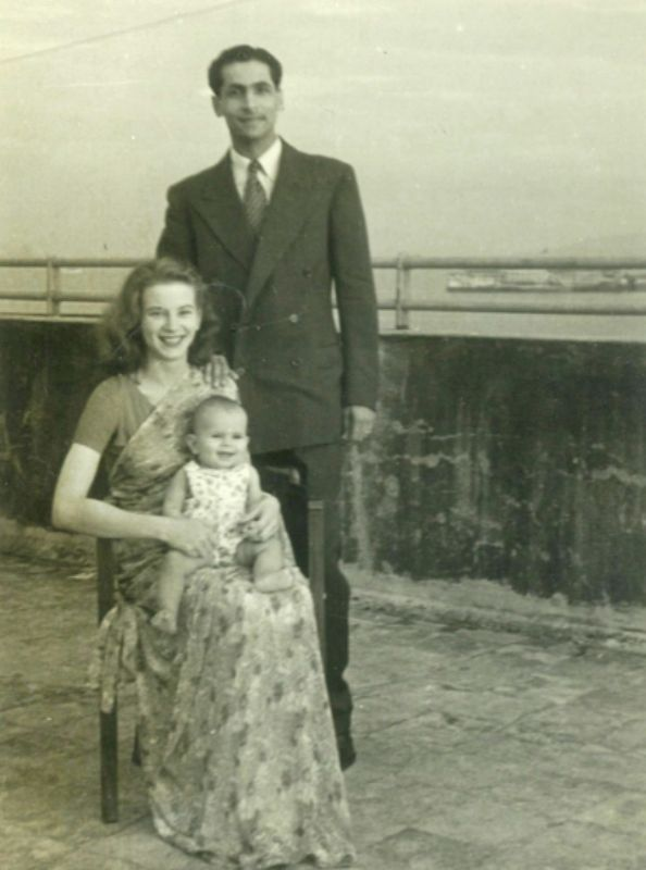 Sylvia Nanavati With Her Husband and Daughter