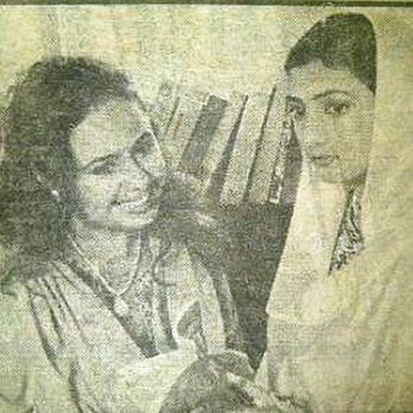 Vandana Sajnani with Juhi Parmar in the Serial Shaheen