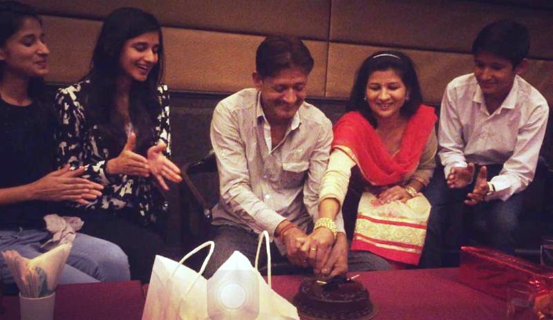 Kanika Mann with Her Parents