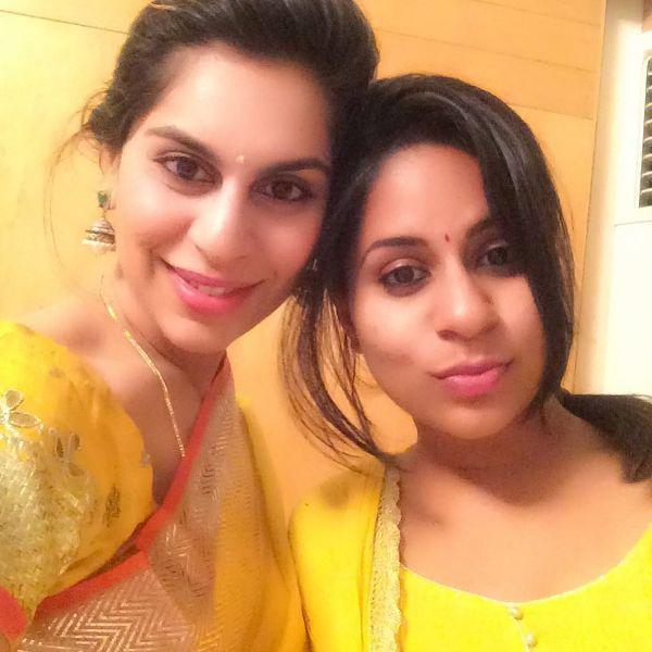 Upasana Kamineni with her sister