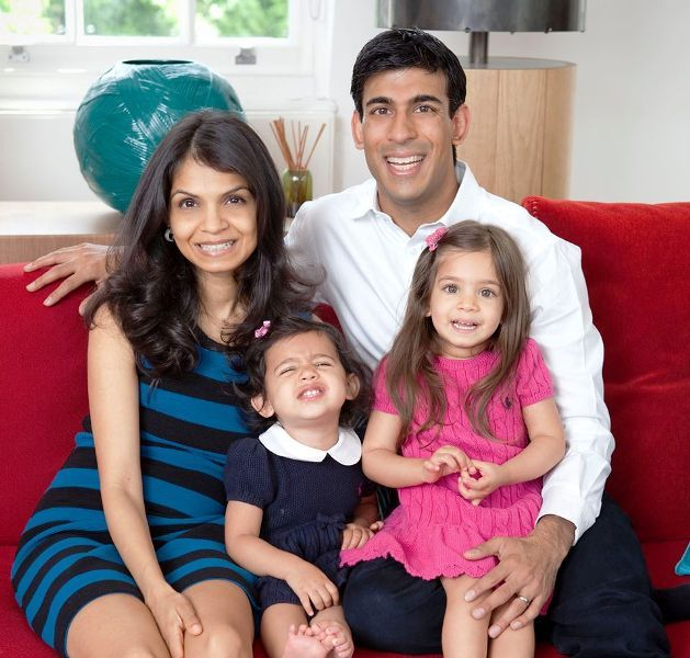 Akshata Murty with Her Daughters and Husband