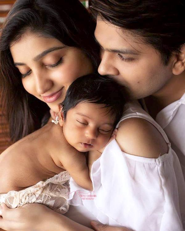 Ankit Tiwari with His Wife and Daughter