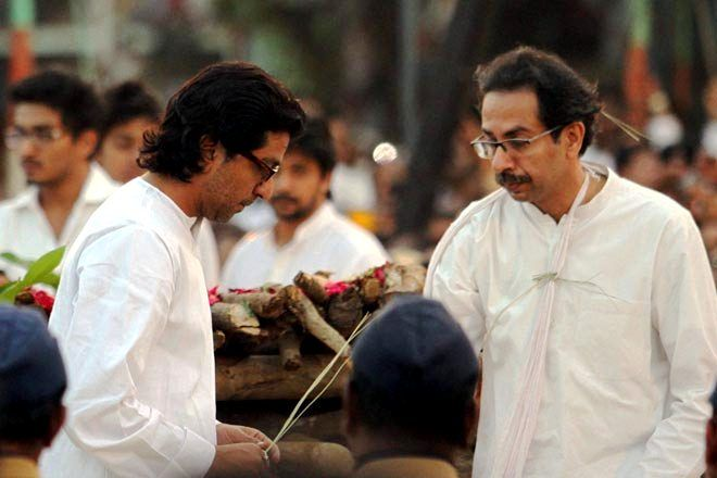 Uddhav Thackeray with his cousin Raj Thackeray (left)