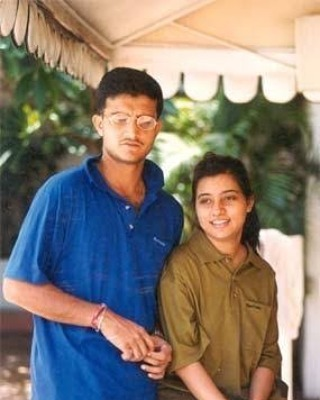 An old picture of Dona Ganguly and Sourav Ganguly