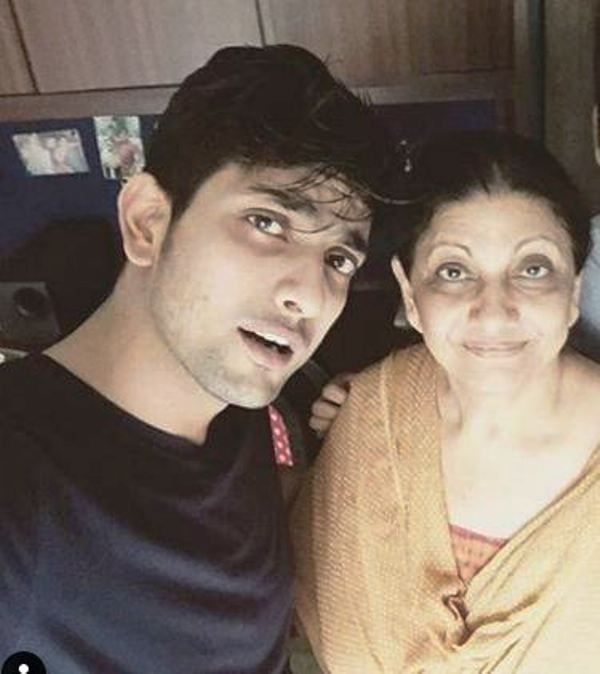 Fahmaan Khan and His Mother