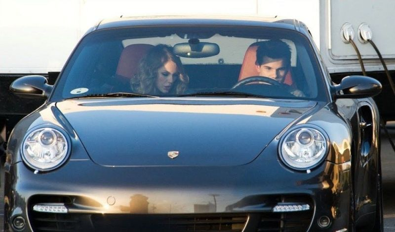 Taylor Swift Education in Her Porsche 911