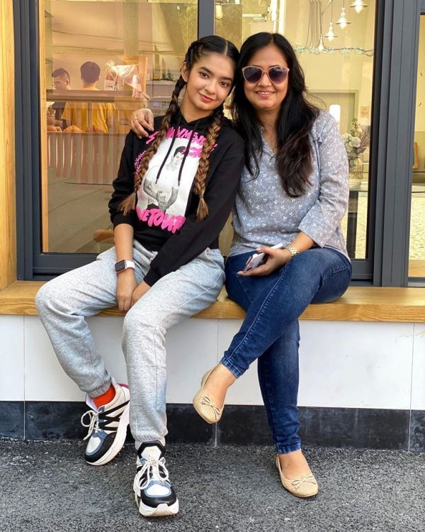Anushka Sen with Her Mother