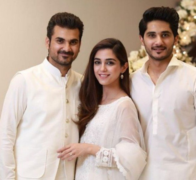 Maya Ali with her Brothers