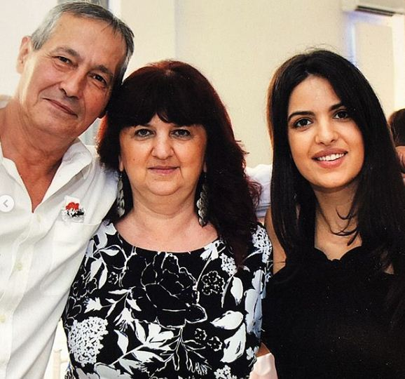 Natasa Stankovic with her parents