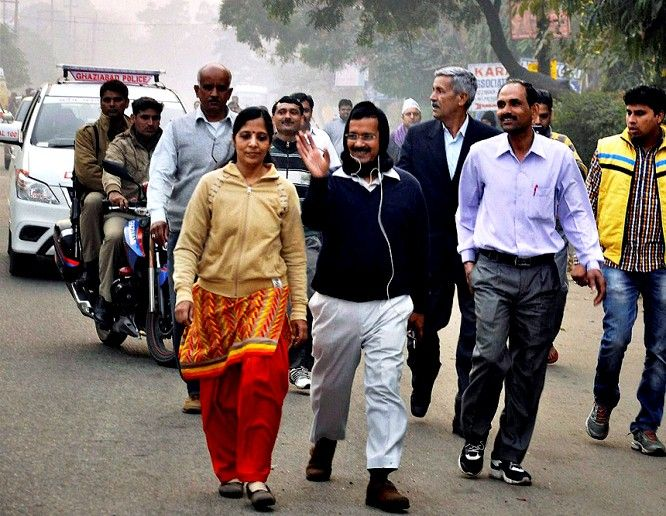Sunita Kejriwal with Arvind Kejriwal during their morning walk