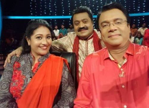 Thesni Khan as a judge in Comedy Stars