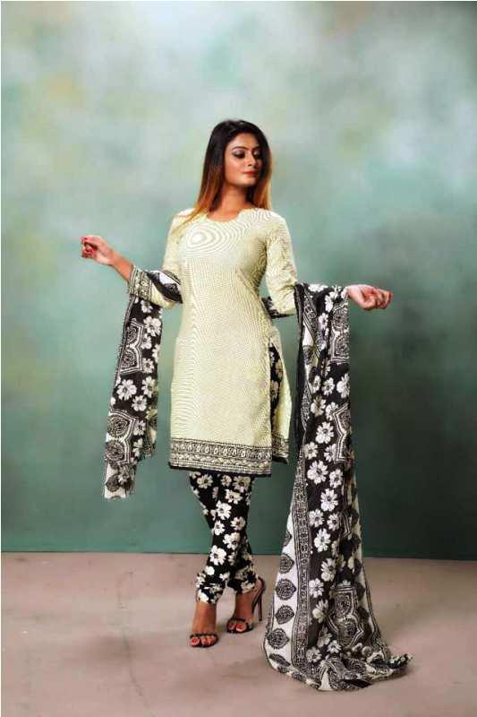 Twinkle Kapoor in Print Shoot