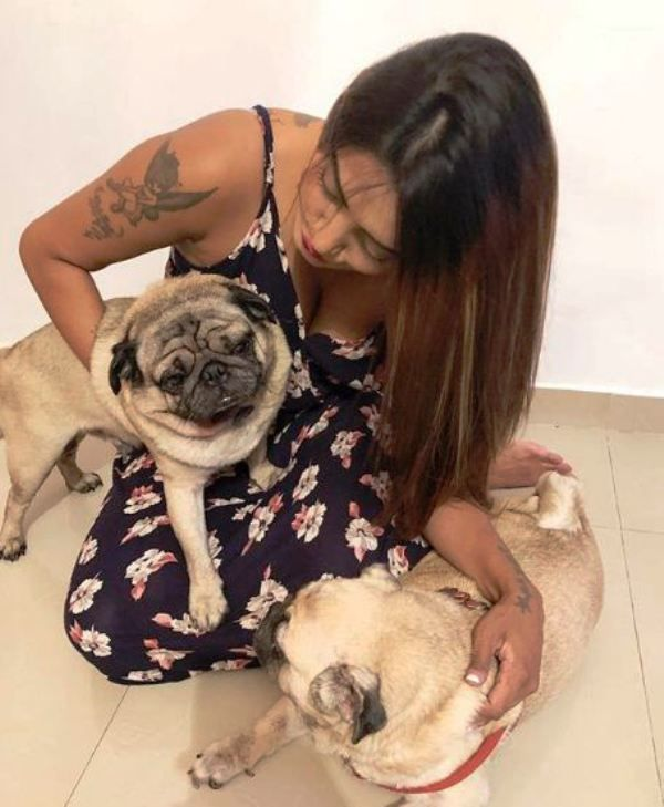 Twinkle Kapoor with Her Pet Dogs