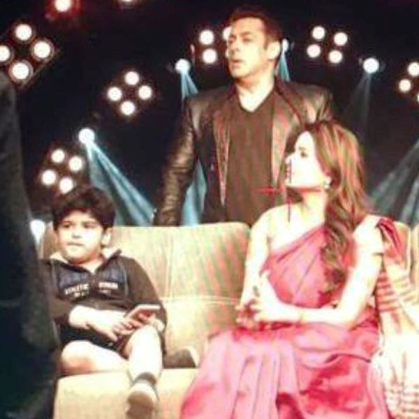 Aayudh Bhanushali with Salman Khan