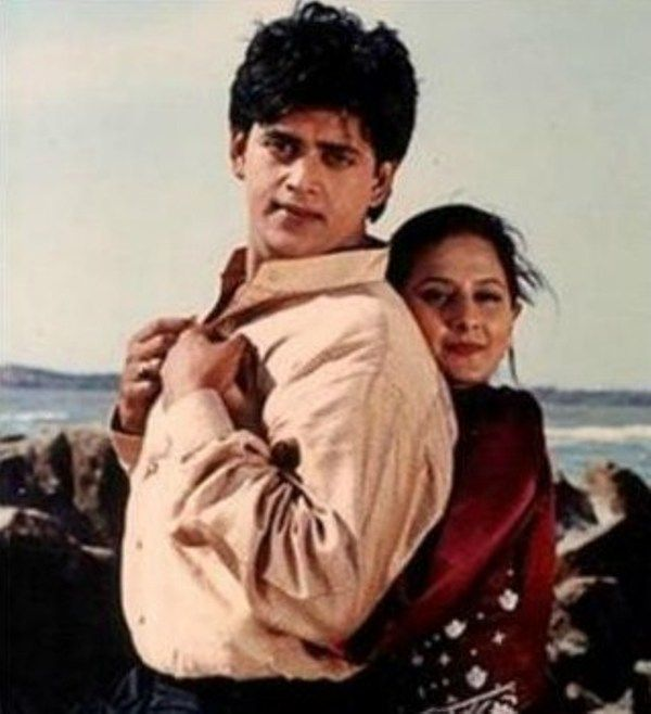 Pooja Dadwal with Ravi Kishan in a Scene from Tumse Pyar Ho Gaya (1997)