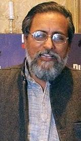 Nalini Singh's brother Deepak Shourie