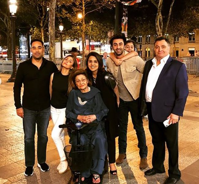 Bharat Sahni with Riddhima Kapoor's Family