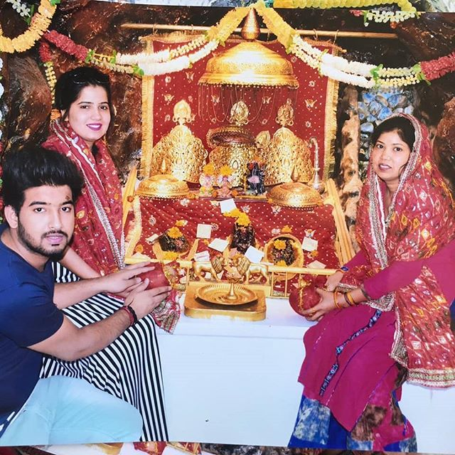 Priyanka Sharma with her mother and brother