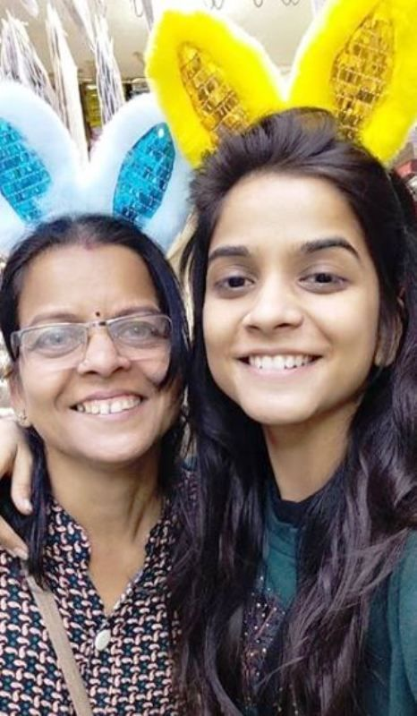 Preksha Mehta With Her Mother