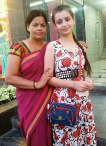 Chahat Pandey and her mother