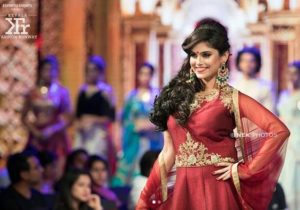 Naina Ganguly walking the ramp for Kerala Fashion Runaway 2018