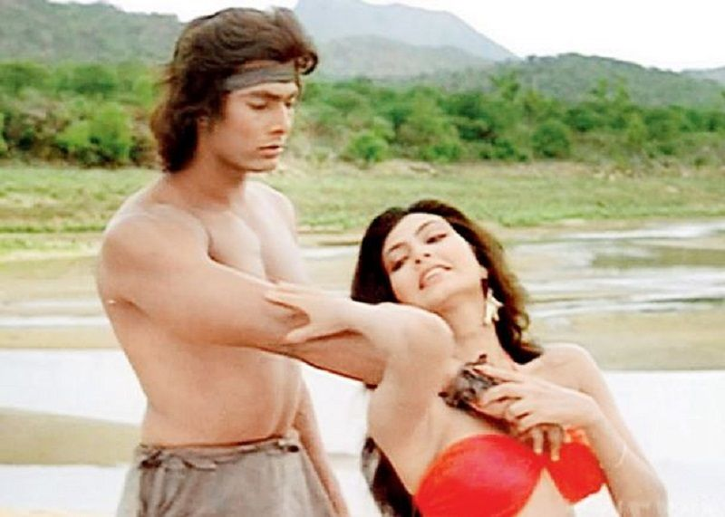 Hemant Birje and Kimi Katkar in Tarzan