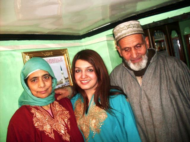 Yasin Malik's Parents and wife