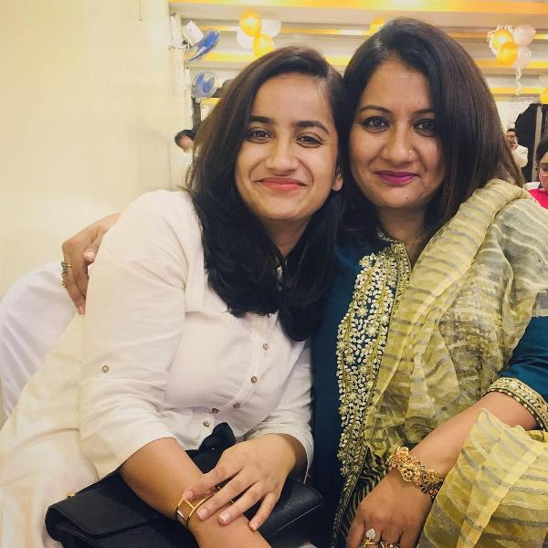 Urooj Ashfaq with her mother.