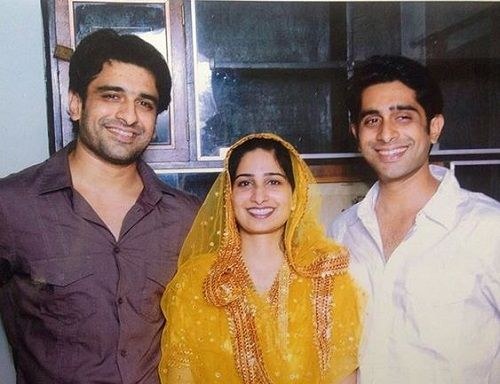 Eijaz Khan With His Sister and Brother