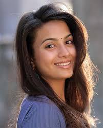 Pooja Ruparel's sister