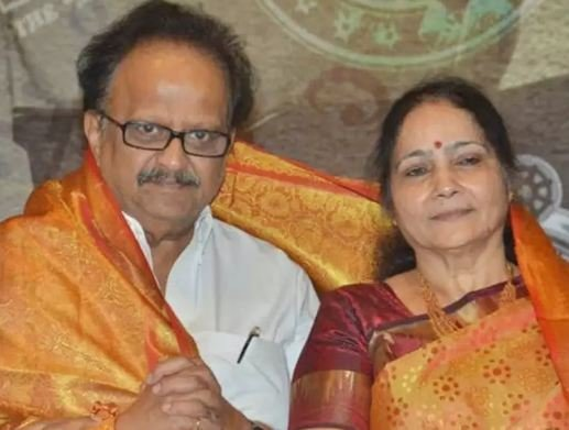 S. P. Balasubrahmanyam with his wife